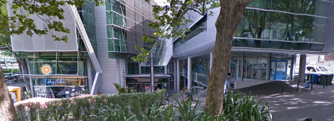 PB Tech Auckland University storefront