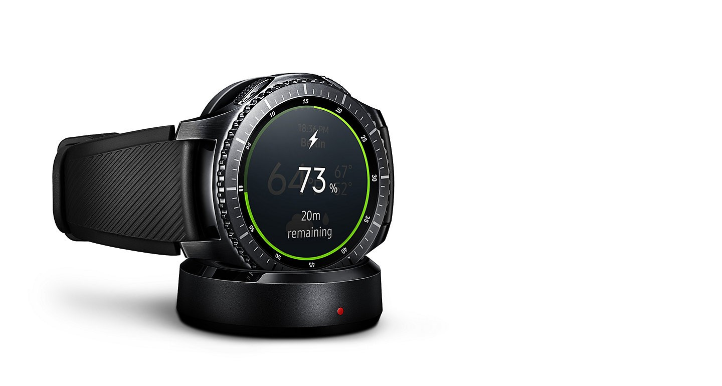Buy The Samsung Gear S3 Charging Dock Blackcompatible With Classic Silver Features A Compact Design And Magnetised For Optimal Portability Reliability Just Pop It On Top Up Whenever Youre Go