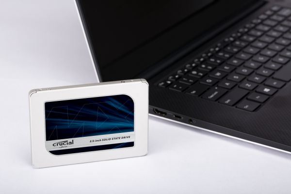 Buy the Crucial MX500 500GB 2 5 inch SSD 7mm & 9 5mm adaptor, 560MB/s  reading     ( CT500MX500SSD1 ) online
