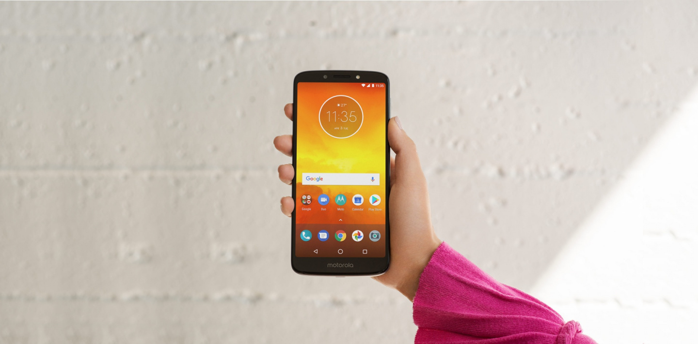 Buy the Motorola Moto E5 Dual SIM Smartphone 16GB - Flash