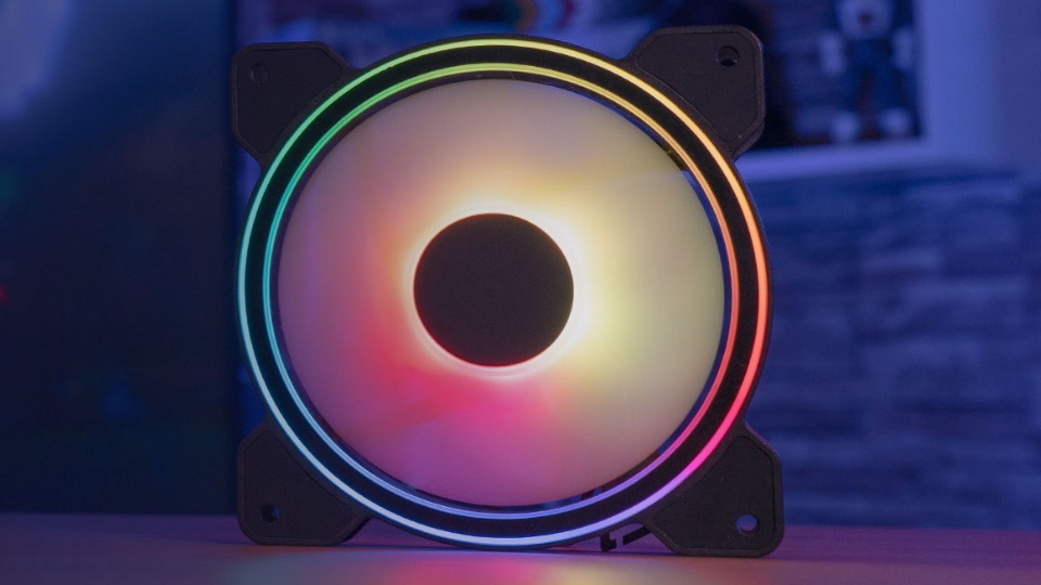 Picture of Aerocool Saturn 12L fans