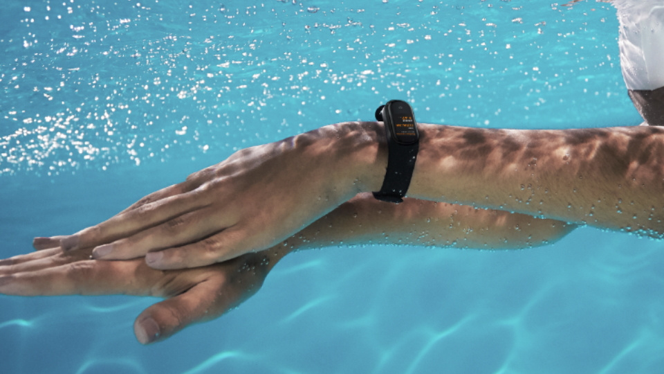 Mi Band 5 for swimming pool laps