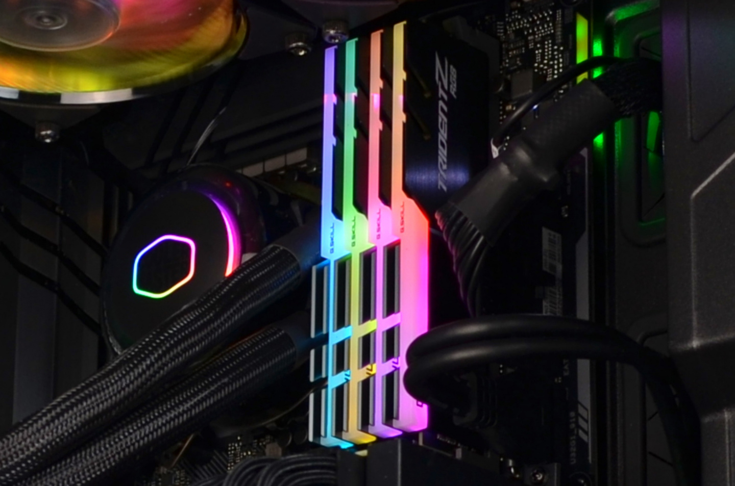 Picture of GSkill Trident Z RGB set to rainbow