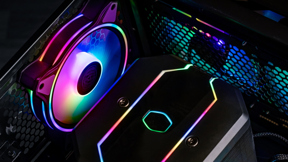 Cooler Master HALO Fan with ARGB light strips