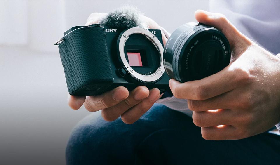 The Sony ZV-E10s interchangeable lense.