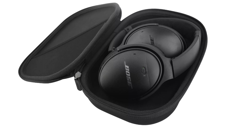 Picture of Bose QC35-II Headphones carry case