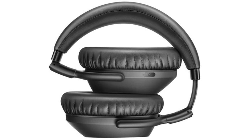 Picture of Sennheiser PXC550-II Wireless Headphones big soft ear cups