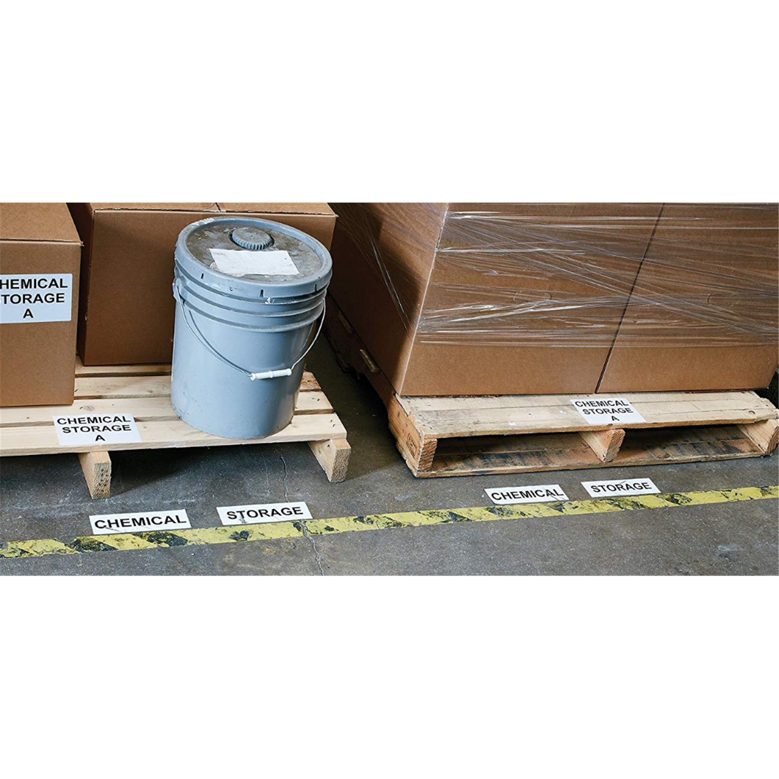 Buy the Dymo Durable LARGE SHIPPING - 59mmx102 1 Roll/Box