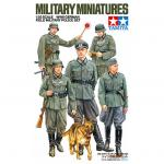 Tamiya Military Miniature Series No.320 - 1/35 - WWII German Field Military Police Set
